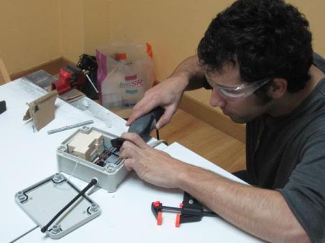 Renovando sistema de acceso al local con tarjetas RFID